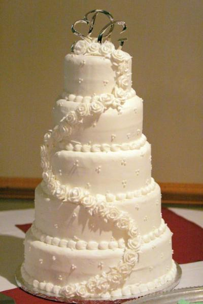 Elegant 5 layer wedding cake
